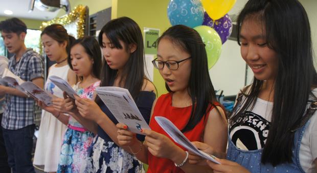 International Program celebrates Christmas